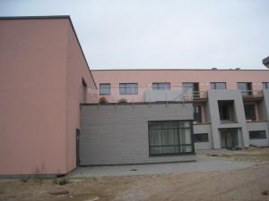 Šv. Pranciškaus onkologijos centro antrasis pastatas (iš kiemo pusės)