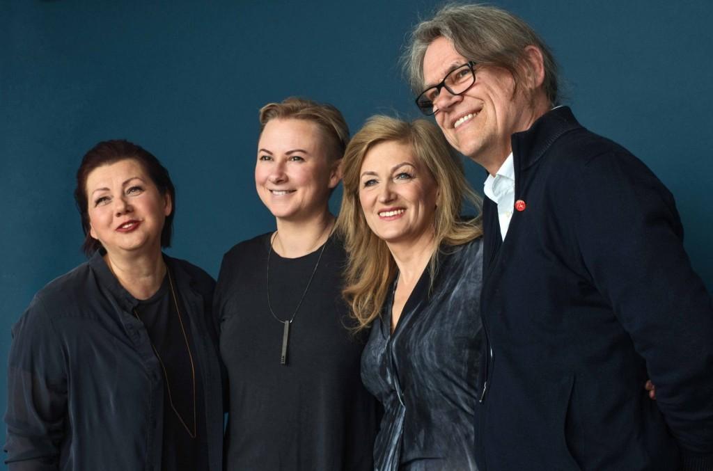 Nuotraukoje (iš kairės): Aldona Kerpytė, Julija Janus, Nijolė Raudytė, br. Benediktas Jurčys OFM.  Nuotrauka Redos Mickevičiūtės